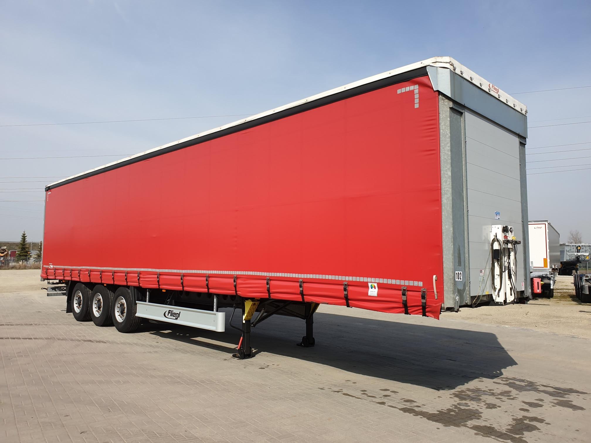 naczepy-firanki_Lux-Truck.jpg