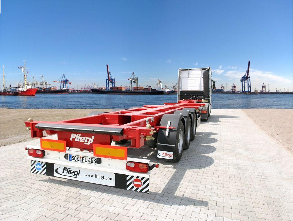 naczepy-podkontenerowe_Lux-Truck.jpg